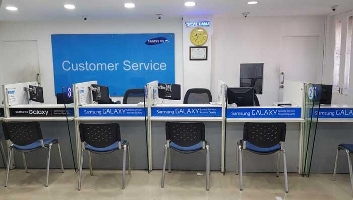 Melalui Service Center
